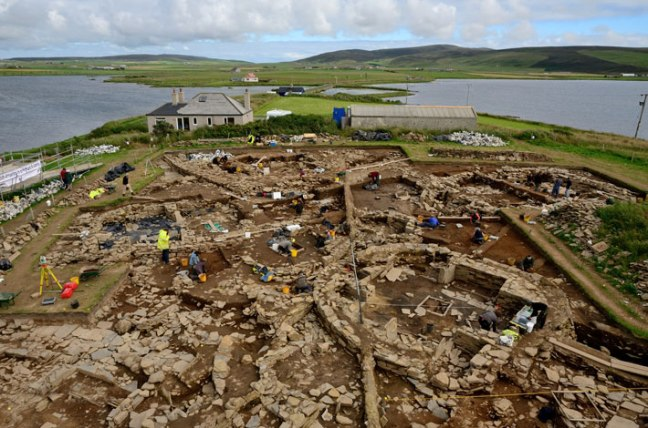 Ness of Brodgar (Source: http://www.archaeology.org/issues/61-1301/features/327-scotland-orkney-neolithic-brodgar)